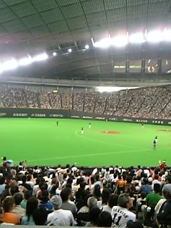 [モブログ]<br />  札幌ドームで観戦中